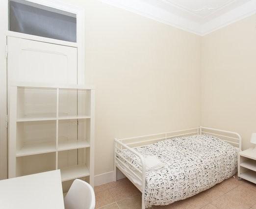 SB Room 4